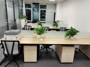 哈尔滨高价回收办公家具老板台铁皮柜 隔断 架子床实木家具
